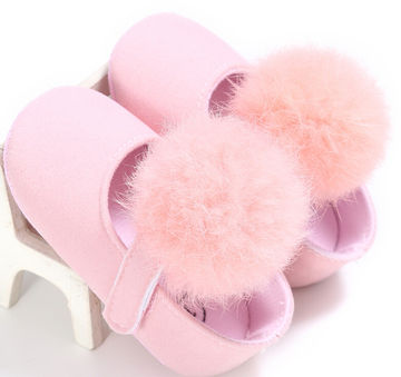 48296b4fb780  10.64 0-18M Toddler Baby Girl Soft Plush Princess Shoes cute pom shoes  Infant Prewalker New Born Baby Shoes for girls