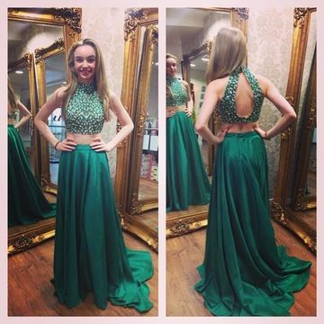 e85a2fd784  139.99 Long Sexy Green A-line Sleeveless Zipper Beading Prom Dresses 2019  Chiffon Two Piece For Short Girls