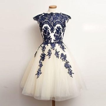 841b2e47147e $145.99 Cheap Champagne Modest A-line Capped Sleeves Zipper Appliques  Homecoming Prom Dresses 2019 For Short Girls