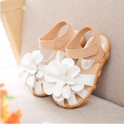 cabda9fcde66  15.79 Hot SALE kids shoes 2016 summer new flower princess girls shoes baby  child toe cap covering girls sandals size 21-30